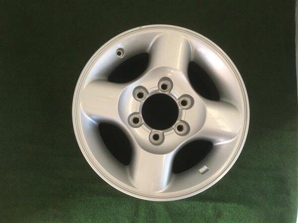 """neue 16"""" Nissan-Alufelgen für Terrano 2"""
